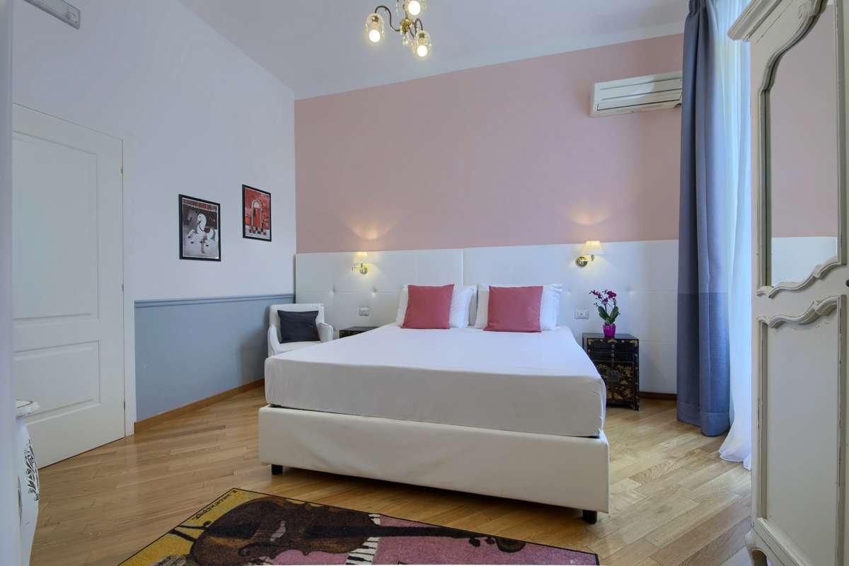 Camera Romantica Con Bagno In Camera Aria Condizionata
